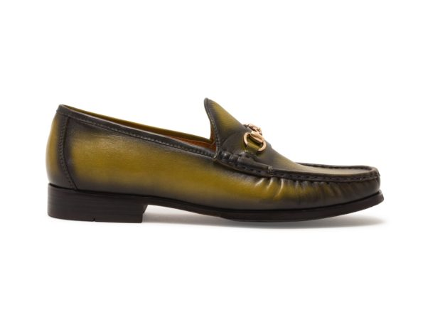 CLASSIC OLIVE CHAIN LOAFER